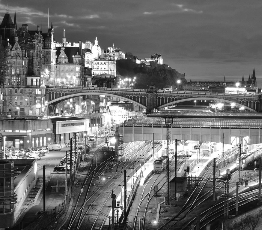 Edinburgh skyline a tnight